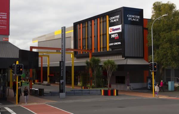 Hamilton NZ shopping malls on brink of selling