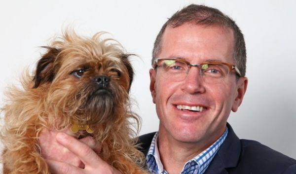 My Pet Warehouse says freight too pricey for online retailers to be profitable