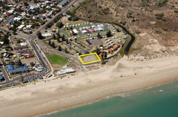 Historical Adelaide beach suburb site tipped to pique developer interest