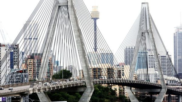 Aecom suggests turning Anzac Bridge into an elevated park