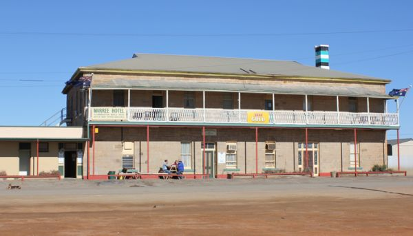Country pubs boom as hotel investors head to the bush