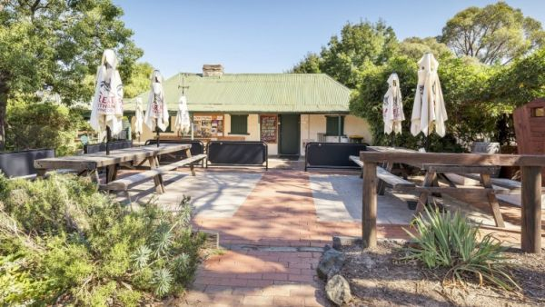Historic Rose Cottage estate near Canberra set to become one-stop supercentre
