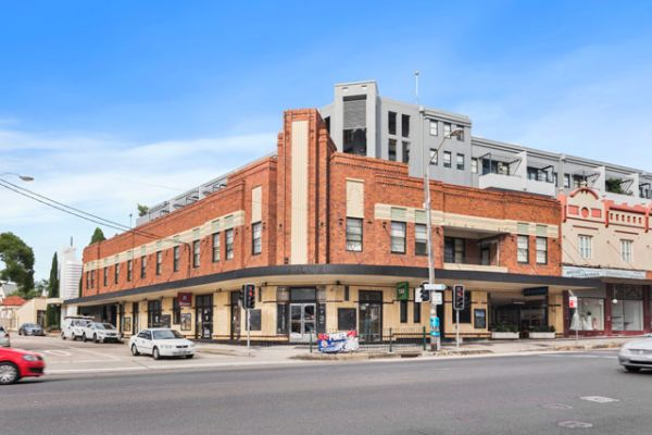 Trio of inner-west pubs up for grabs as Petersham Inn hits the market