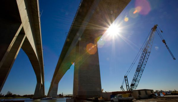 Queensland infrastructure spend at 10-year-low: report