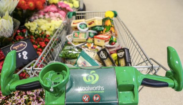 New Woolworths Radio lets shoppers listen to supermarket music at home