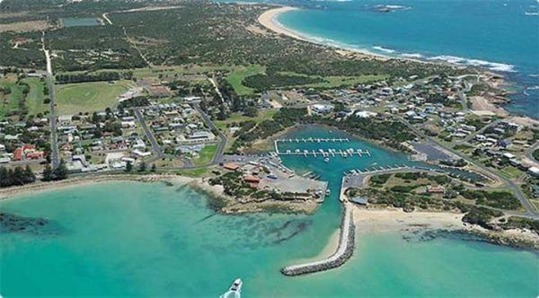 Seaside motel for sale in historic SA fishing village