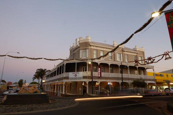 The historic pubs helping drive Bunbury's tourism revival