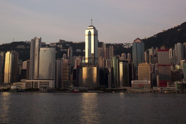 Confirmed: Hong Kong tower sells for record $6.7 billion