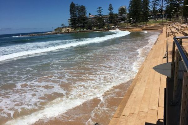 Sydney beaches closed due to 'hazardous surf conditions'