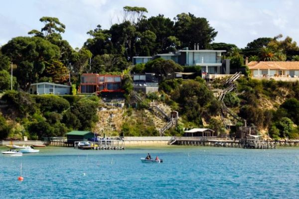 Mornington Peninsula council implements Airbnb, Stayz registration