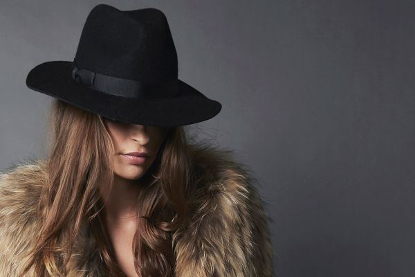 56092f45a90 Fashionology: 5 tips to pick the perfect winter hat