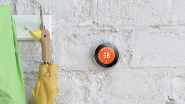 The Nest Learning Thermostat knows a home owner's schedule and changes the house temperature accordingly. Photo: Nest/YouTube