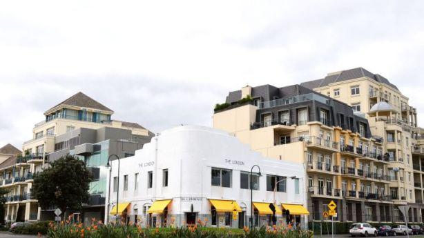 Destruction of Melbourne's Corkman Hotel raises key questions about