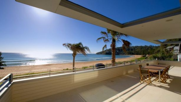 With uninterrupted views to Palm Beach this home can expect to bring in up to $15,000 a week in peak season. Photo: Domain.com.au