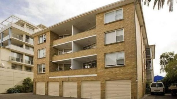 The exterior of one of the four unit blocks, taken in 2010. Photo: Domain.com.au