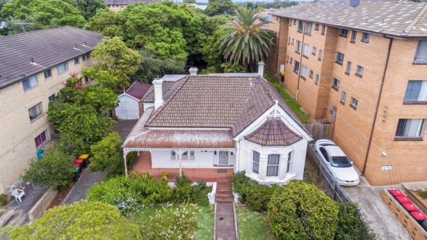 The 860-square-metre property is flanked by apartment blocks. While it doesn't have any existing development applications, the area zoned for redevelopment. Photo: Supplied.