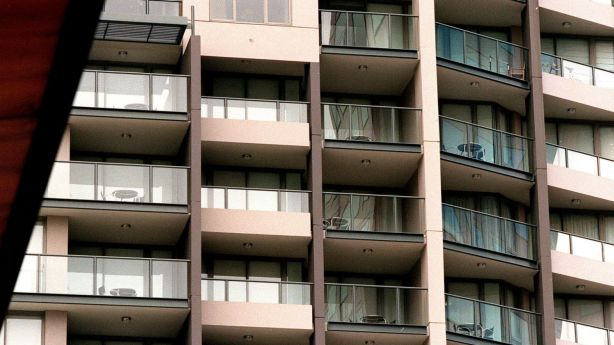 Apartment blocks are the main battleground for proposed short-term letting laws. Photo: Jessica Shapiro