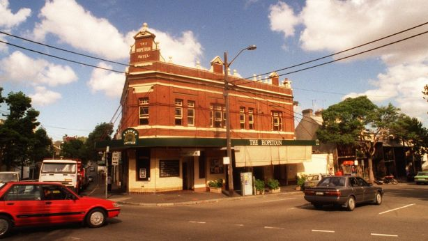 The former Hopetoun Hotel in Surry Hills, once a popular musical venue.