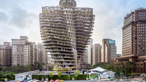 The complex twists 90 degrees creating an impressive spiral laden with suspended gardens. Photo: Vincent Callebaut