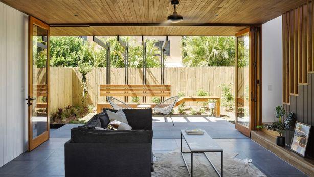 Clean lines and indoor-outdoor flow. Photo: Christopher Frederick Jones