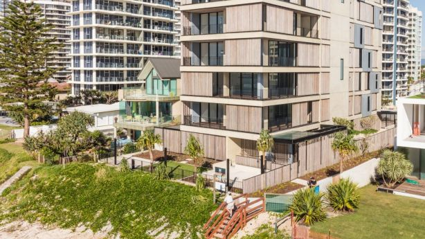 M3565 is absolute beachfront property. Photo: AaronTing