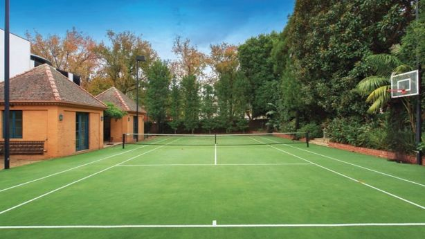 Tennis court block in Toorak nets $7.8 million at auction