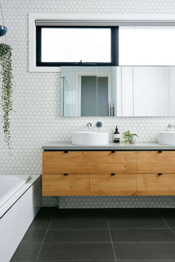 Looking for a fashionable bathroom update? Take your cues from nature then add a big dose of glamour. Photo: e&s