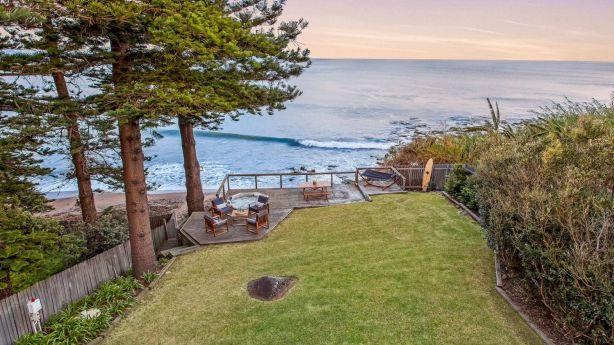 26 Paterson Road Coalcliff New South Wales. *Single print and online use only* Photo: Supplied