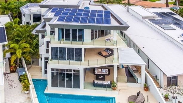 This Gold Coast home is being sold for $5.15 million, or 500 bitcoins.
