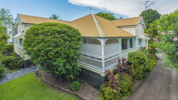 It's understood this was the first time 33 Sutherland Avenue, Ascot had been placed on the market.