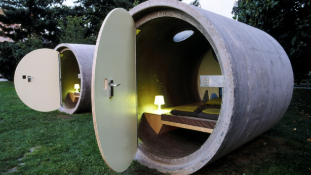 The design is reminiscent of Austraia's Das Park Hotel, made of old sewerage pipes. Photo: Das Park Hotel/ Facebook
