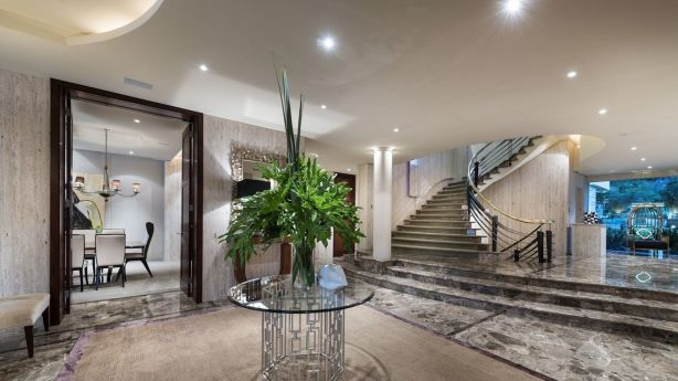 Alan Bond's former mansion at Dalkeith Photo: William Porteous Properties International