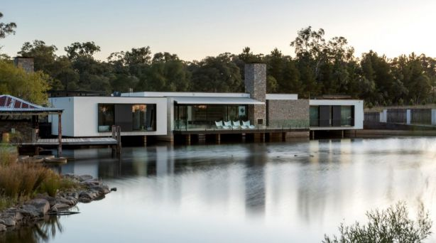 Swan House by Collins Caddaye Architects secured the top prize in the residential category. Photo: Stefan Postles