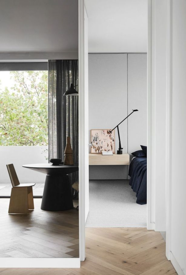 Golden South Yarra Mirror Apartment Picture credit Sharyn Cairns Styling is by Andrea Moore Photo: Sharyn Cairns