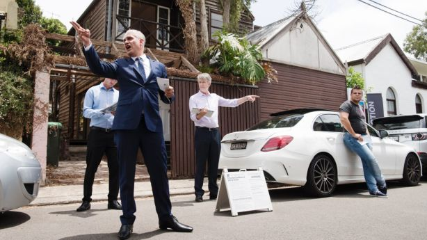 If no one is bidding at the auction, it's hard for a buyer to establish the fair value of a property. Photo: James Brickwood