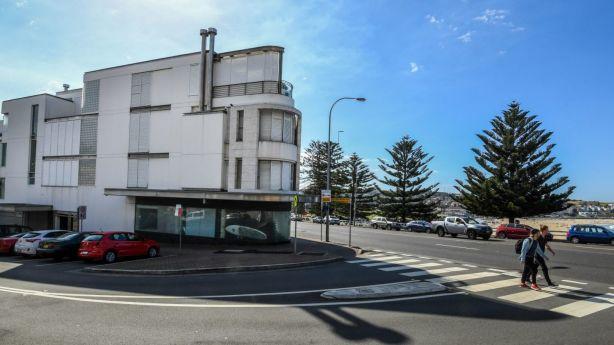 James Packer's redundant Sydney property has set a national coastal suburb record at $29 million. Photo: Peter Rae