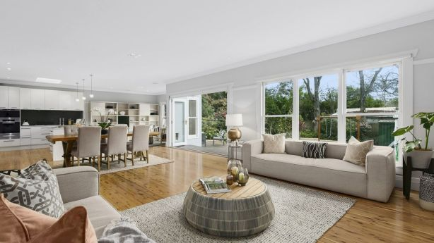 A four-bedroom bungalow at 103 Artarmon Road, Artarmon, had been quoted at $2.7 million to $2.8 million but sold for $200,000 above the top end of the range after all five registered bidders duked it out.