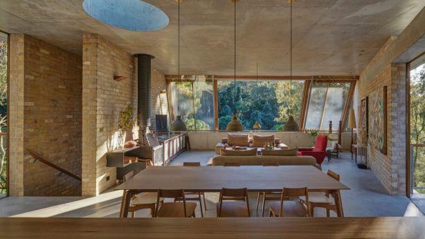 Cabbage Tree House, Bayview by Peter Stutchbury Architecture. Photo: Michael Nicholson