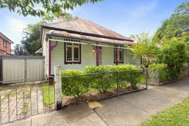 76 Holborow Street, Croydon Park NSW 2133