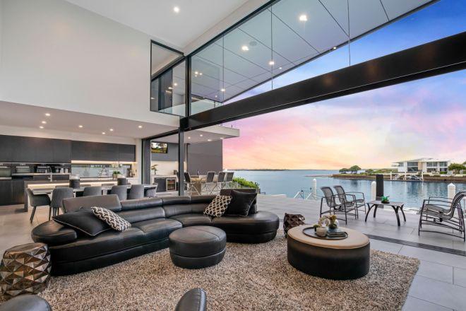 41 Seaside Drive, Banksia Beach QLD 4507