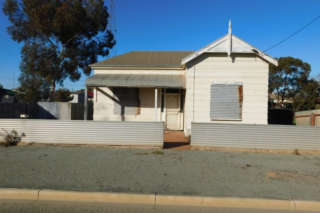 11 Frederick Road, Port Pirie SA 5540