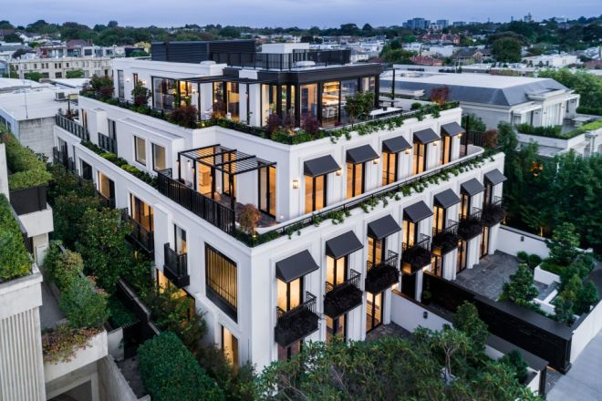 The Penthouse/86 Mathoura Road, Toorak VIC 3142