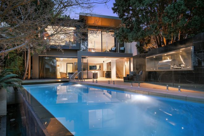 11 Cowdroy Avenue, Cammeray NSW 2062