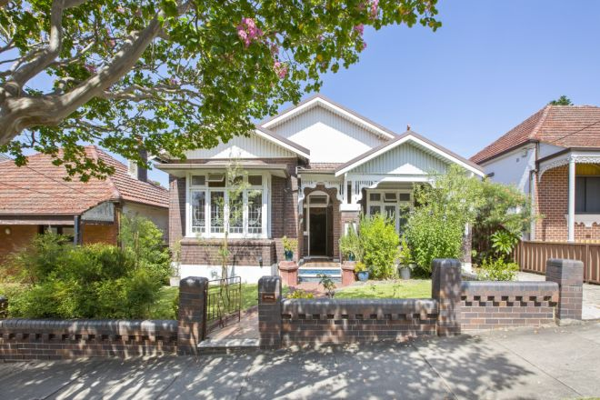 60 Service Avenue, Ashfield NSW 2131