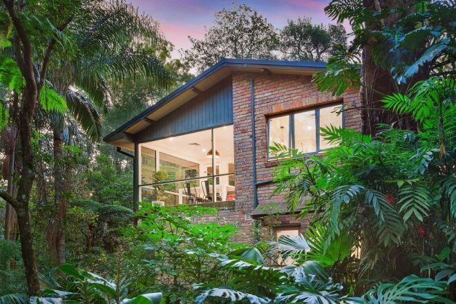 74 Hinemoa Avenue, Normanhurst NSW 2076