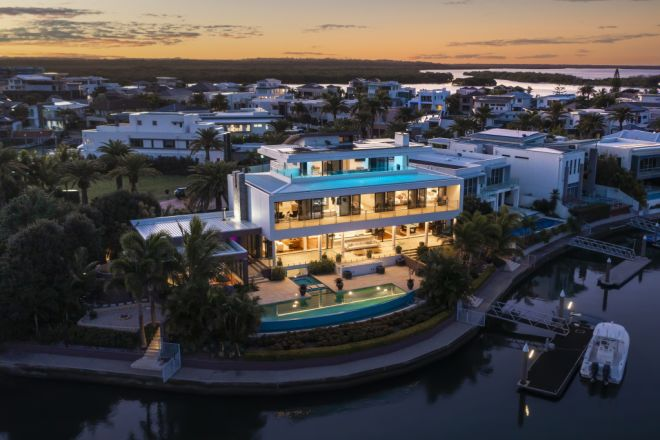 91-93 The Sovereign Mile, Sovereign Islands QLD 4216
