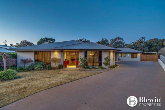 13 Callitris Place, Jerrabomberra NSW 2619