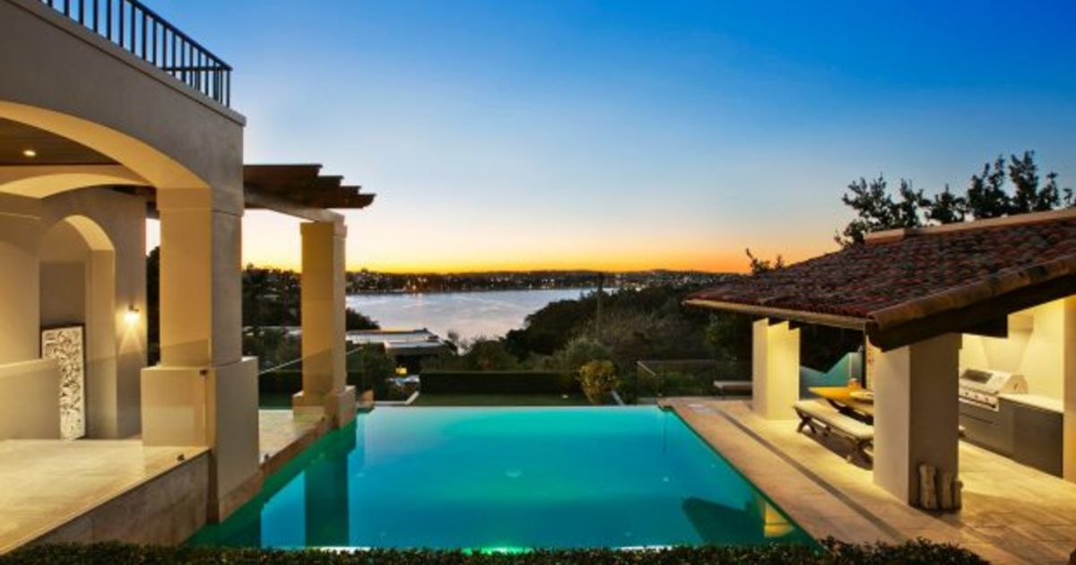 Landmark Manly house listed for sale as 'astonishing ...