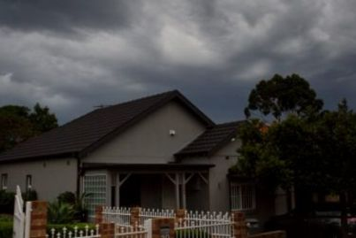 'Housing slump': Mortgage lending plunges, further weakness expected