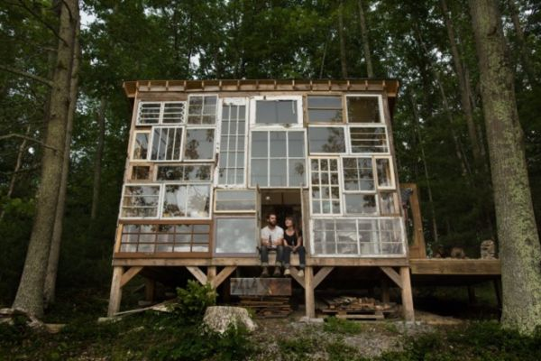 Sustainable living projects: Five homes made from recycled